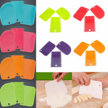 Multifunctional Color Irregular Scraper Toothed Scraper DIY Cake Mold Tool Cream Plastic Scraper Molding Mold Kitchen Tool