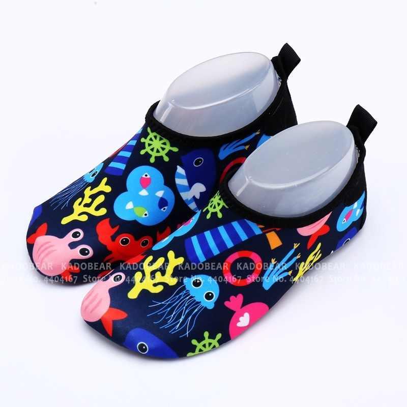 Berbeć chłopcy Cartoon lato dzieci plaża woda buty dla dzieci dziewczyny sport Surf Sea sandały dzieci do pływania na świeżym powietrzu Unisex kapcie