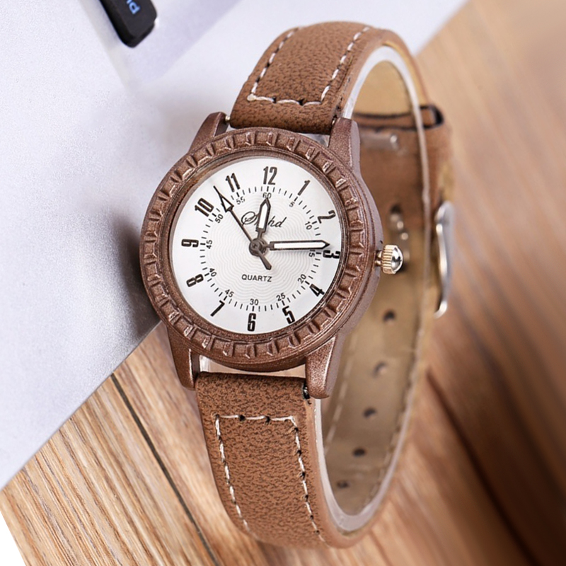 Fashion Women Watches Ladies Watches Brown Leather Quartz Wristwatch Vintage Womens Watches Horloge Dames Horloges Vrouwen 2020