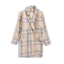 Autumn 2019 new European and American women's wear Long-sleeved lapel plaid Beautiful buttons fashion Trench coat(China)