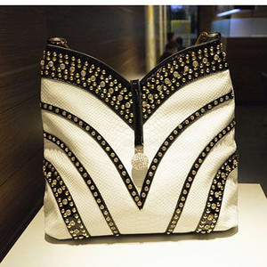 Image 1 - 2020 אופנה חדשה יהלומי נשים של תיקי פטנט עור Crossbody כתף תיק ריינסטון גדול קיבולת חבילה שליח שקיות