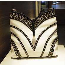 2020 New Fashion Diamond Womens Handbags Patent Leather Crossbody Shoulder Bag Rhinestone Large Capacity Package Messenger Bags