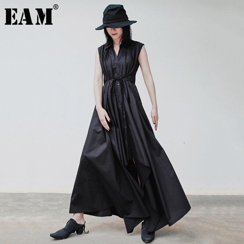 [EAM] Women Black Pleated Asymmetrical Shirt Dress New V-Neck Sleeveless Loose Fit Fashion Tide Spring Autumn 2020 1S906