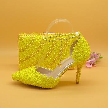 7cm/9cm Yellow Flower Wedding Shoes With Matching Bags High Heels Pointed Toe Ankle Strap Ladies Party shoe and bag set 2018 new sky blue party slip shoe on mature italian shoes with matching bags rhinestones high quality african shoes and bag set