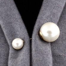 Fashion Girl Retro Gold Brooch Pin Double Head Simulation Pearl Large Big Pin Women's Wedding Sister Gift Accessories
