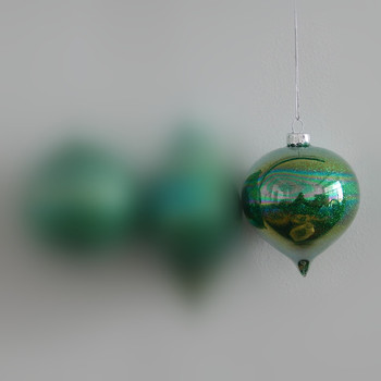 Green Series Small Packing Different Size Onion Shaped Glass Pendant Christmas Tree Glass Hanger 8cm 10cm Handmade Glass Craft