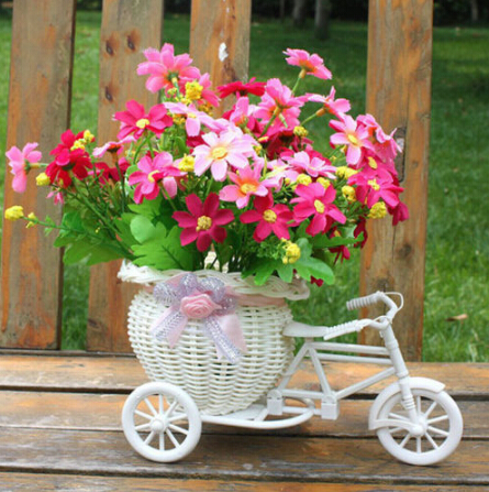 2020 New Bicycle Decorative Flower Basket Newest Plastic White Tricycle Bike Design Flower Basket Storage Party Decoration Pots