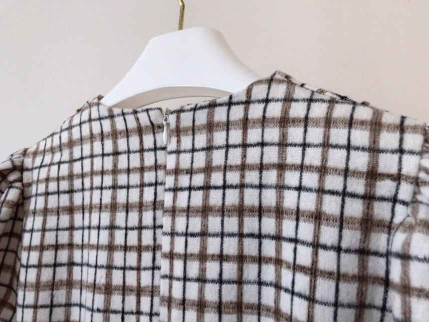 H31831d08395e492bbba48e940ea83dbeh - Autumn V-Neck Puff Sleeves Slim Plaid Midi Dress
