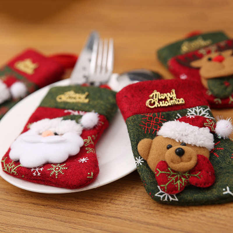 Santa หมวก Reindeer คริสต์มาสปีใหม่คู่มือส้อมมีดช้อนส้อมผู้ถือกระเป๋าหน้าแรกตารางตกแต่งอาหารค่ำบนโต๊ะอาหาร