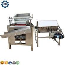 Fabryka bezpośrednio dostarczyć małe przepiórcze jajko powłoki obieraczka przetwarzanie maszyna do usuwania przepiórcze jajko łuskanie powłoki usuń cenę maszyny