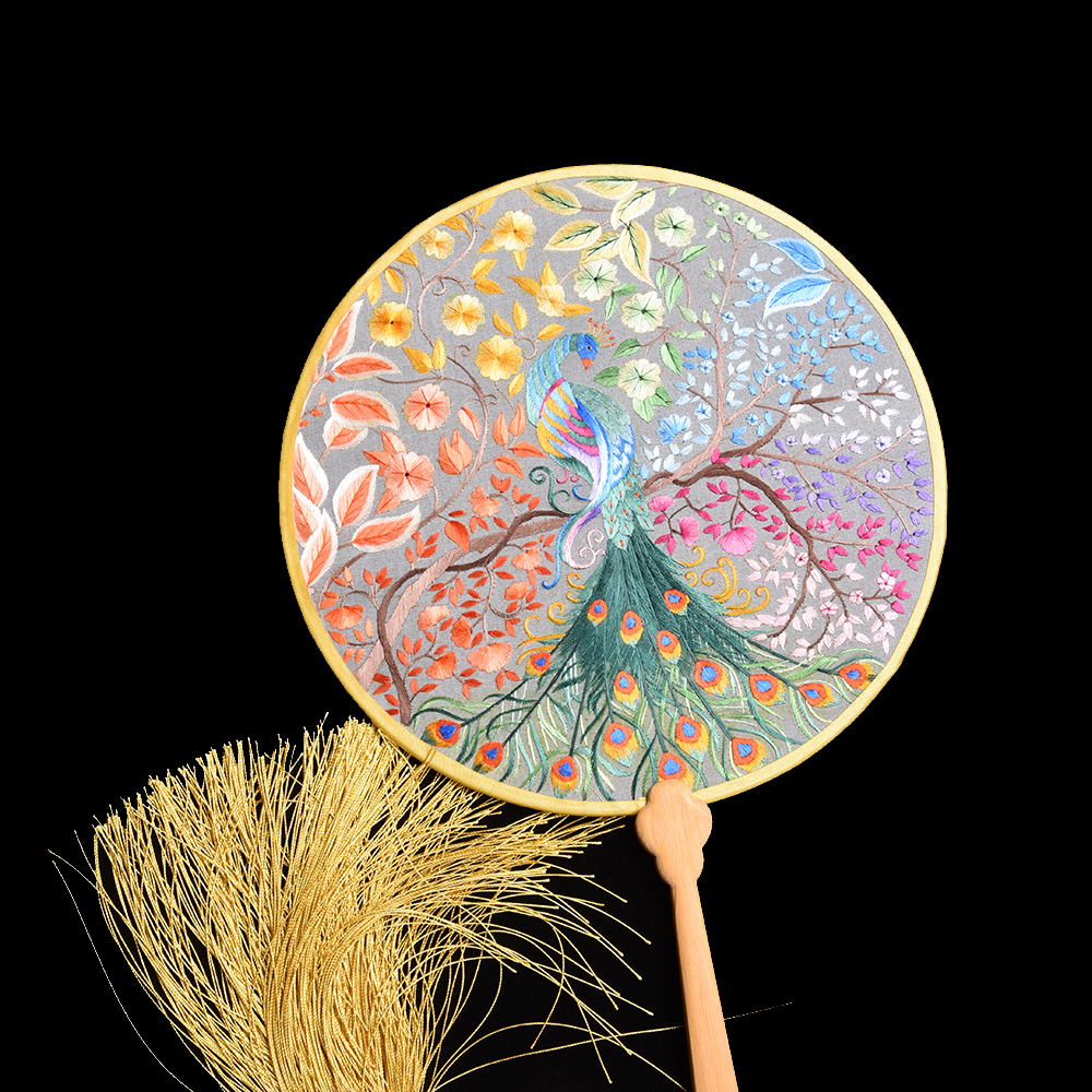 Chinese Cultural Intangible Cultural Heritage Of Suzhou Double Hand Embroidery Fans Palace Style Gifts Bride Wedding Bouquets
