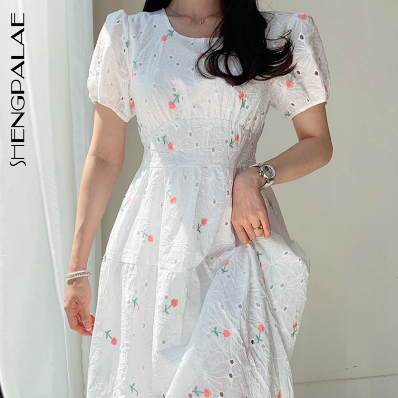 SHENGPALAE 2020 New Summer Women Vintage Loose High Waist Slim Was Thin Elegant Embroidery Flowers Puff Sleeve Maxi Dress ZA4537