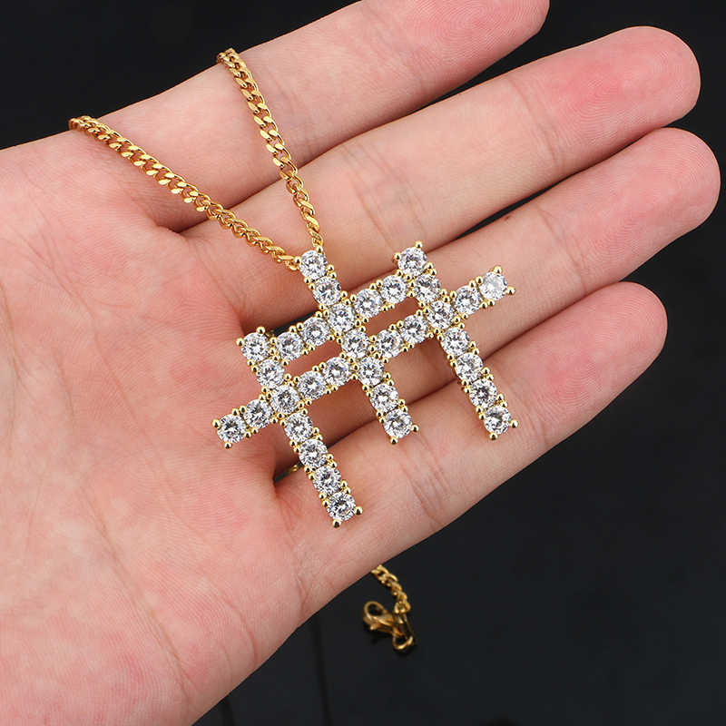 Luxurry AAA CZ Stone Paved Bling Iced Out 3 Cross Pendant Necklace For Men Women With Rope Tennis Chain Gift Box