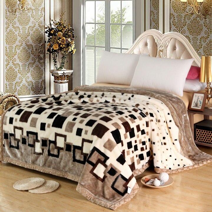 Throw Blanket Micro Plush Fiber Fleece Rug Sofa Bed Decor Micro Queen Size Bed Blanket Very Warm Machine Washable Comfort