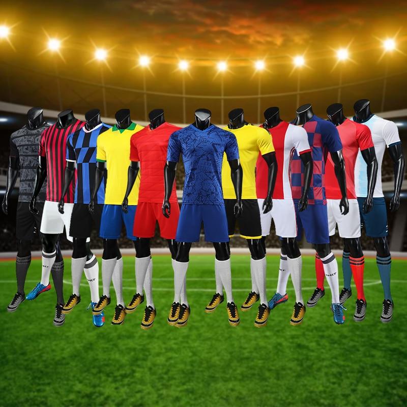 Latest Male Adults Kids Soccer Jersey Set Football Uniforms Men Soccer Uniforms Sets Custom Sports Uniforms Soccer Shirts