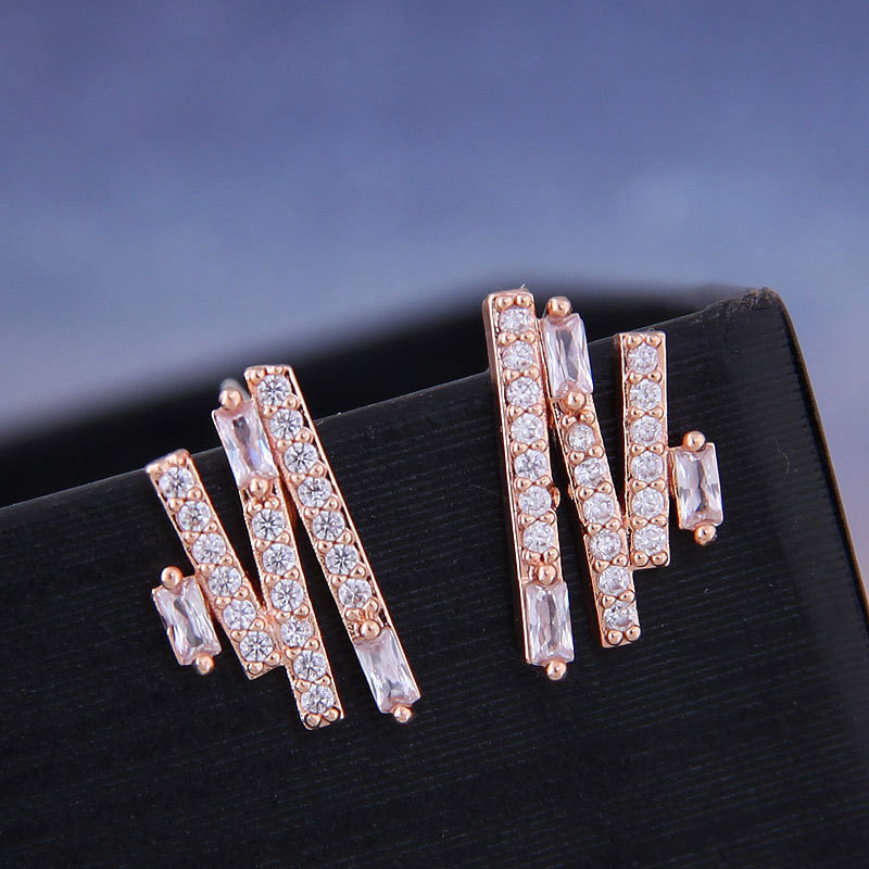 Fashion Rose Gold Color Cubic Zirconia Geometric Stud Earrings For Women Party Jewelry Drop Shipping