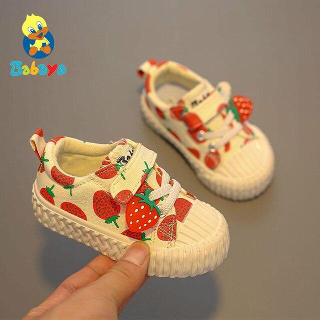 아기 신발 1 3 세 소프트 솔리드 캔버스 신발 딸기 신발 유아 신발 소녀 신발 2019 가을 새로운