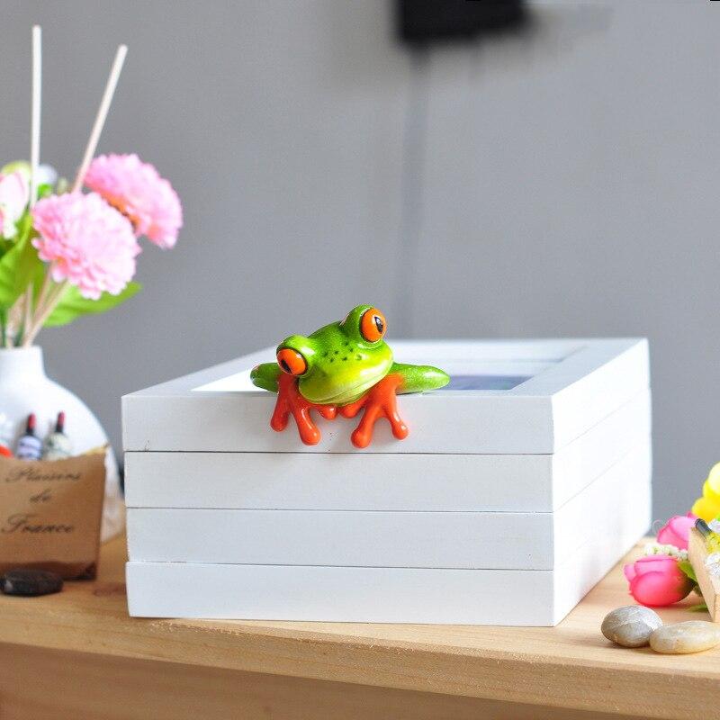 Home Decoration Frog Figures 4