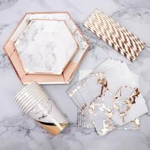 ฟอยล์สีทองหินอ่อนทิ้งบนโต๊ะอาหารกระดาษแผ่นถ้วยเด็กทารกโปรดปรานกระดาษดื่ม Straws งานแต่งงานอุปกรณ์