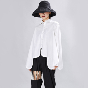 Image 2 - [EAM] 여성은 큰 사이즈 불규칙 블라우스 새 옷깃 긴 소매 느슨한 맞춤 셔츠 패션 조수 봄 가을 2020 1A332