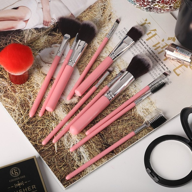 12Pcs/Set Professional Makeup Brushes Tool Eye Shadow Foundation Eyebrow Lip Makeup Brush cosmetics Leather Cup Holder Case Kit 3