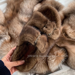 Image 2 - Luxurious Mink Fur Slippers One Strap Flat Feather Slides Outdoor 2020 Spring New Casual Mules Flipflops Coffee Brown Sandals