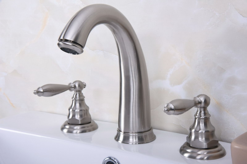 """7/"""" Bathroom Faucet Brushed Nickel Widespread Three Holes//Two Handle Cold//Hot Tap"""