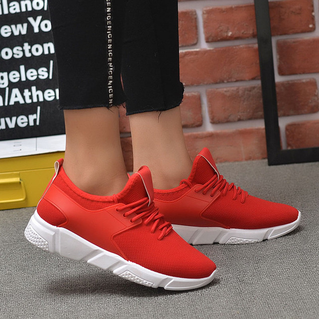 Men's Casual Shoes 2020 New Men's Sports Shoes Light Comfortable Casual Fashion Belt Fitness Mesh Flat Shoes Sneakers 4