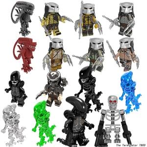 16PCS/SET Movie Series Alien The Terminator Alien vs Predator Action Figure Prometheus Ice Monsters Building Blocks Toys gift