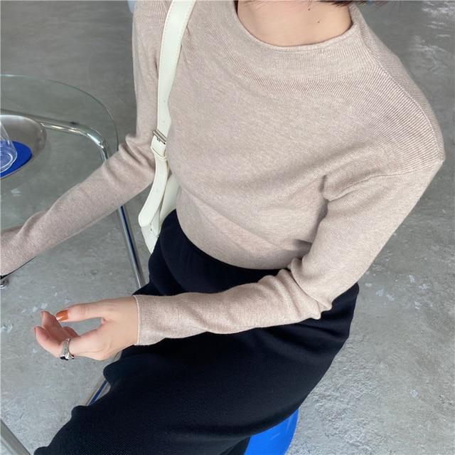 Фото корейский стиль повседневный базовый осенне зимний свитер женский