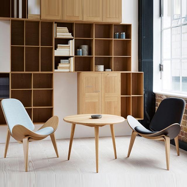 Three-Legged Shell Chair  2