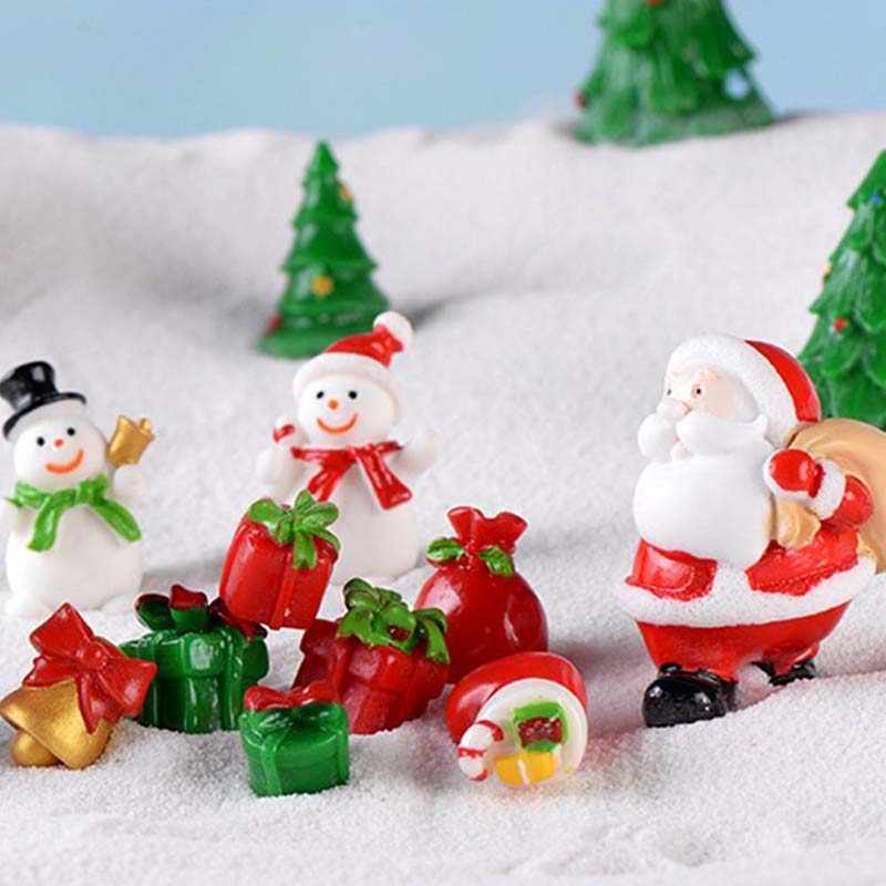 Santa Claus Miniature Xmas Tree Snowman Gift Box Decor Ornament Sleigh Micro Landscape Snow Scene New Year Gift Decor for home