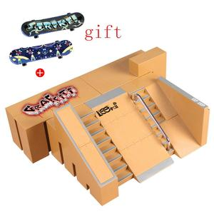 Mini Alloy Finger Skating Board Venue Combination Toys Children Skateboard Ramp Track Educational Toy Set For Gifts 5 styles(China)