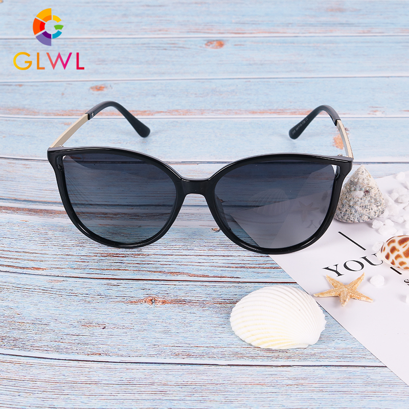 New Women's Sunglasses Cat Eye Women Glasses Sun Polarized Driving Goggles Girls Vintage Oversize Frame Eyeware Woman Fashion