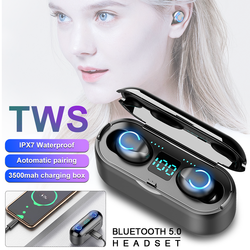 Mini Wireless Bluetooth 5.0 EDR TWS Headphone Redial Noise Reduction LED Digital Display Spare Power Bank 3500mah Long Stand by