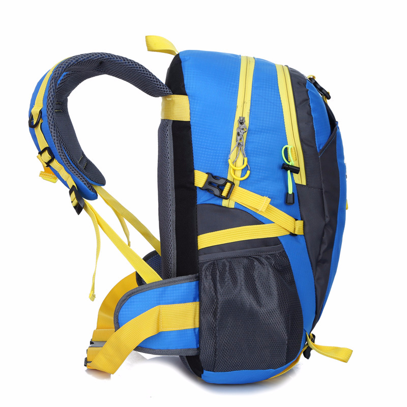2018 New Style Outdoor Mountaineering Bag Waterproof Nylon Traveling Bag Couples Shoulder Casual Sports Backpack