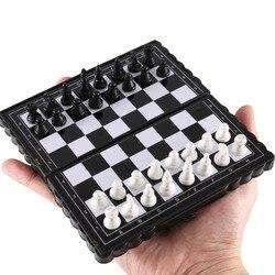 Mini conjunto de xadrez internacional, jogo de tabuleiro de xadrez de plástico magnético portátil para crianças, brinquedo 2020
