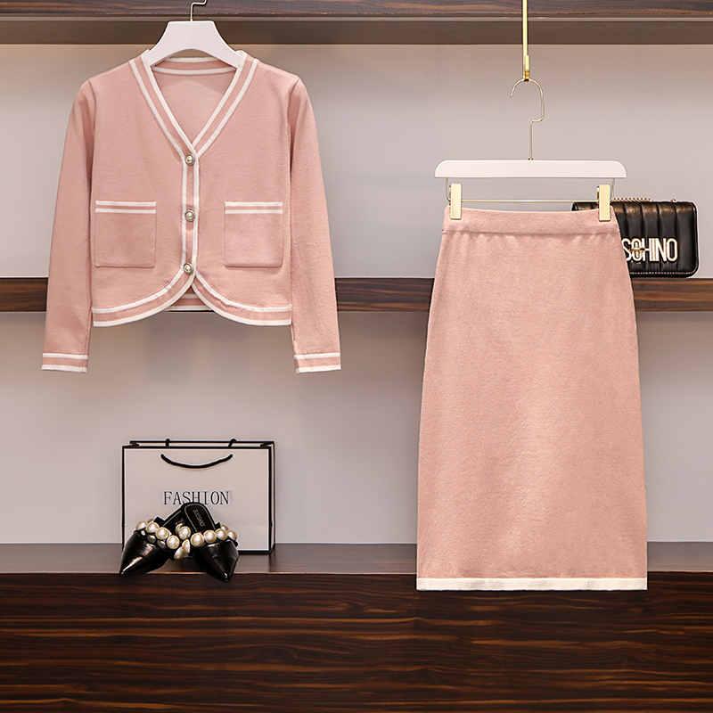 Large Size Women's Wear 19 Academic Wind-colour Knitted Cardigan Coats + Women's Half-length Skirt And Foreign Style Two-piece S