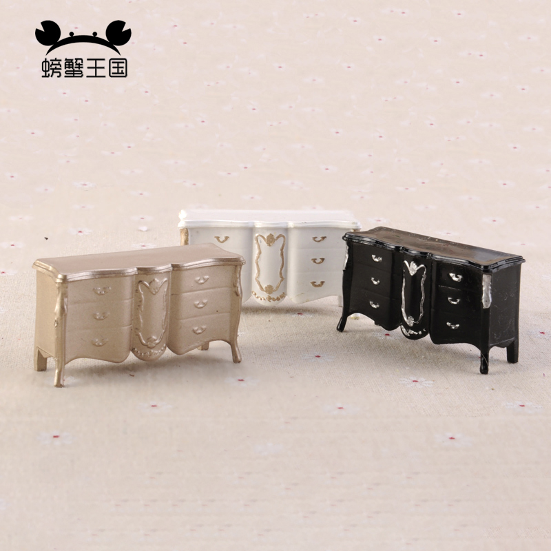 1pcs 1:25 Dollhouse European Style Cabinet Locker Model Mini Indoor Furniture Miniature Doll Bedroom Accessories