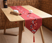 Latest Lucky Fish Patchwork Table Runner Natural Cotton Linen Dining Mat Christmas Wedding Party Cloth Rectangle
