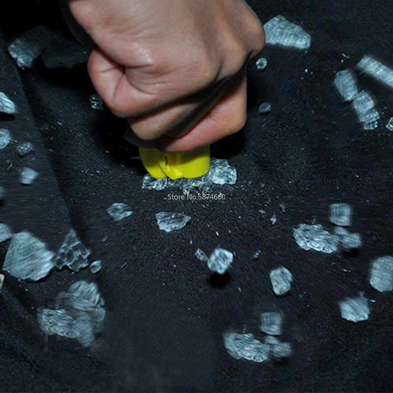 1 pc。スタイリング車ポケット自動緊急救助意味ガラス窓と違反幼児安全ハンマーキーホルダーベルトカッター