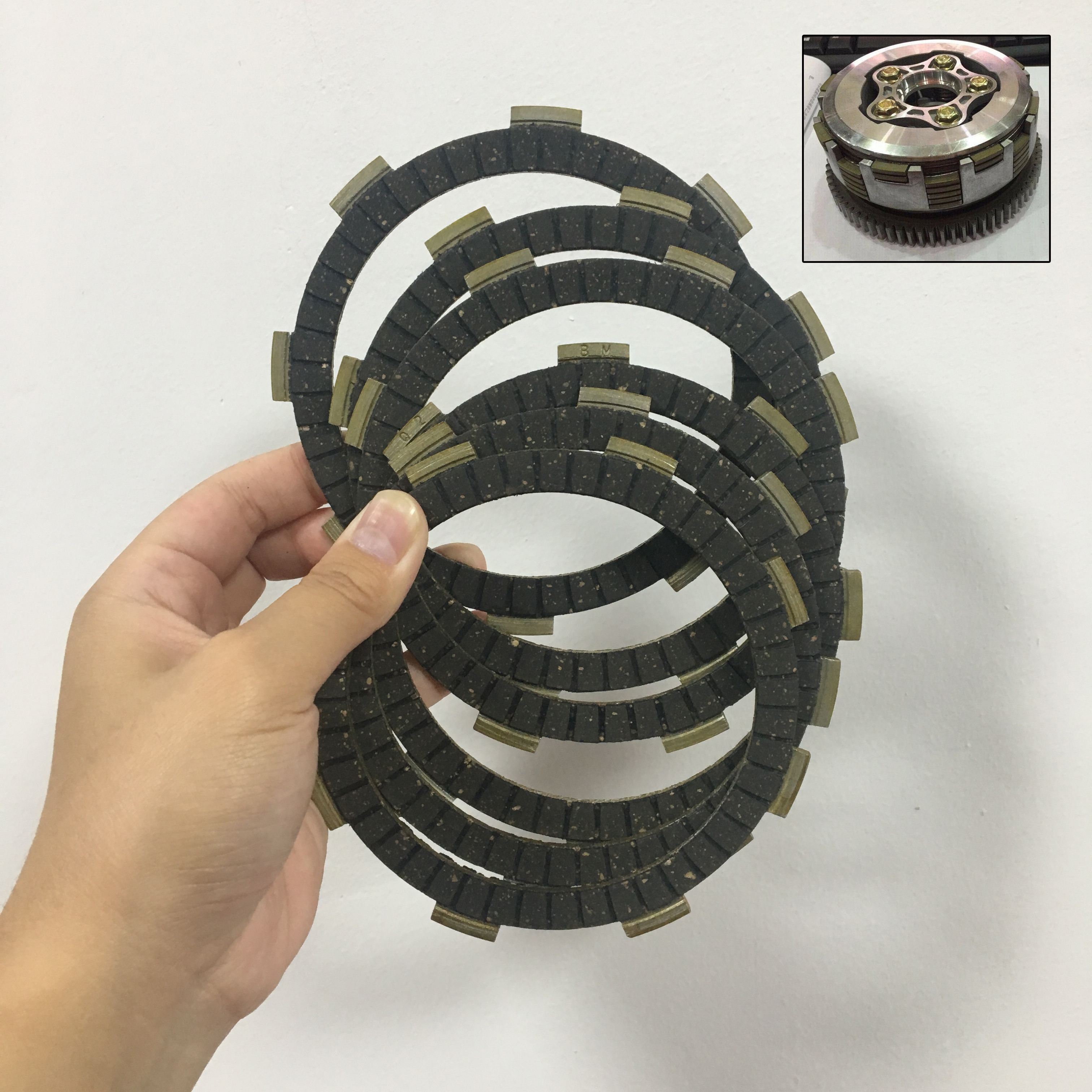 6Pcs Motorcycle Clutch Disc Friction Plate For Honda CG125 CG150 CG200 CG250 Clutch Pad Motorbike Parts Vintage Retro Street