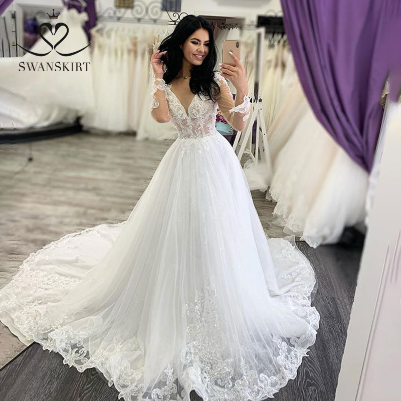 V-neck Beaded Wedding Dress 2019 Swanskirt Appliques Long Sleeve A-Line Chapel Train Bride Gown Princess Robe De Mariee XZ39