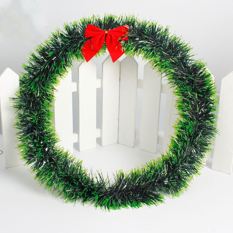 Christmas Green.Us 1 65 22 Off 16cm 40cm Merry Christmas Green Wreath Decorative Garland Gift Hanging Window Xmas Tree Ornaments Christmas Decorations For Home On
