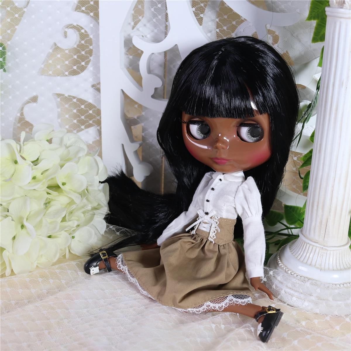 Neo Blythe Doll White Shirt Brown Black Skirt 3