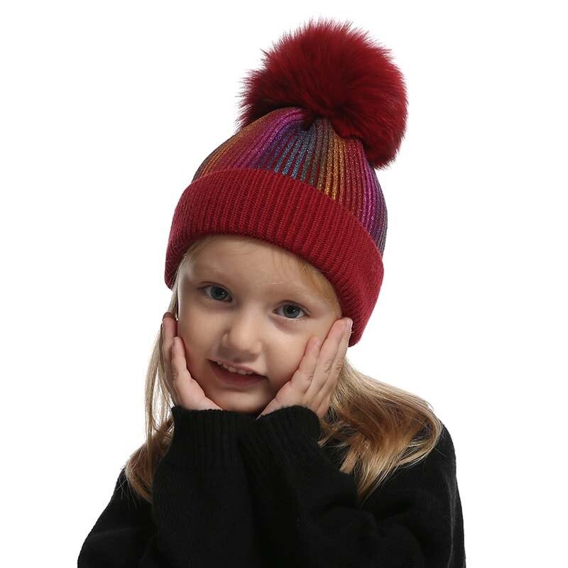 Bonnet tricoté avec pompon en fourrure de renard enfants