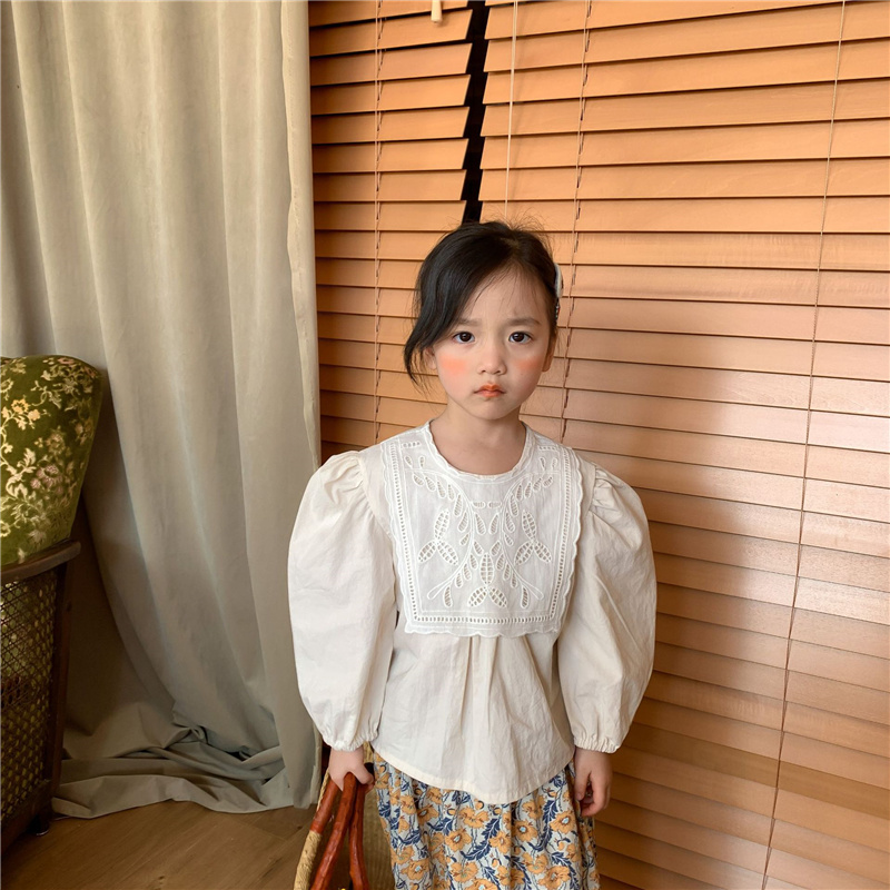 Spring summer cute girls lace patchwork puff sleeve shirts children cotton loose casual blouse Tops