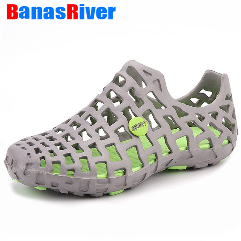 UEXIA 2020 Hole Male Shoes Croc Green Garden Casual Clogs For Men Sandals Summer Slides Swimming Jelly Adult Hollow-out Beach