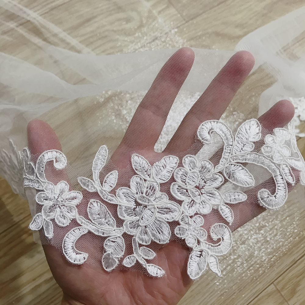 2020 Real Photos White/Ivory Wedding Veil 3 Meters Long Comb Lace Mantilla Cathedral Bridal Veil Wedding Accessories
