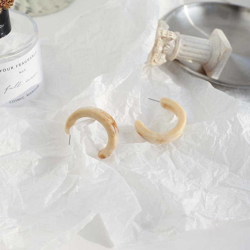Fashion temperament contracted retro earring cream-colored geometric C shape earrings design earrings
